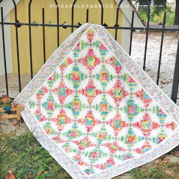 CLPJAW049 - South Beach Pineapple Treats Quilt Pattern by Cut Loose Press