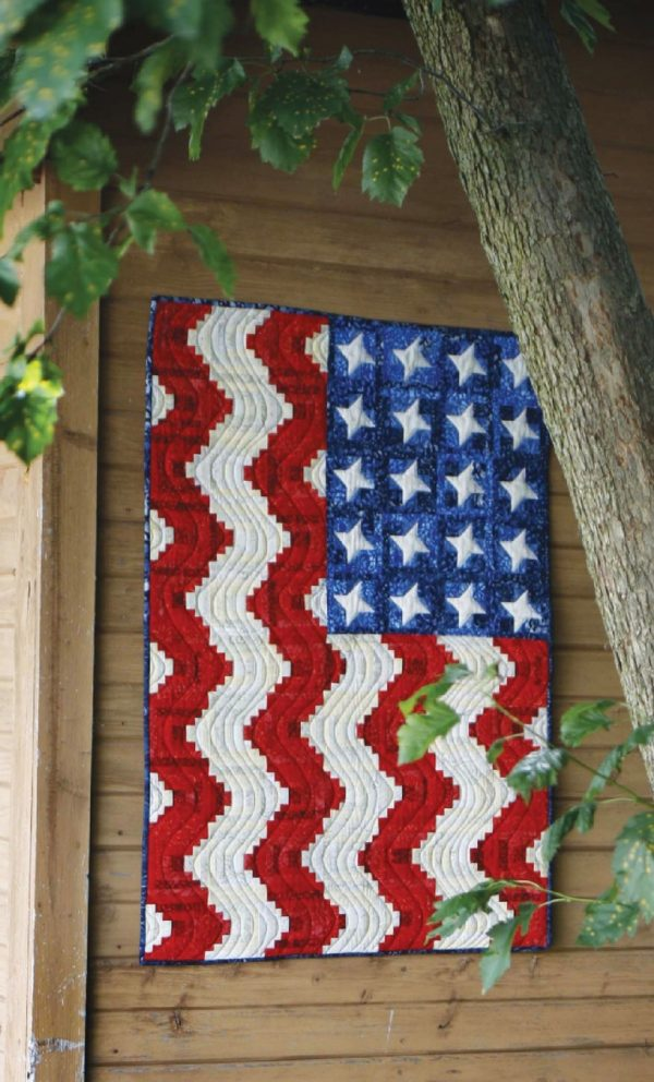 CLPPHA008 - America the Beautiful Quilt Pattern by Cut Loose Press